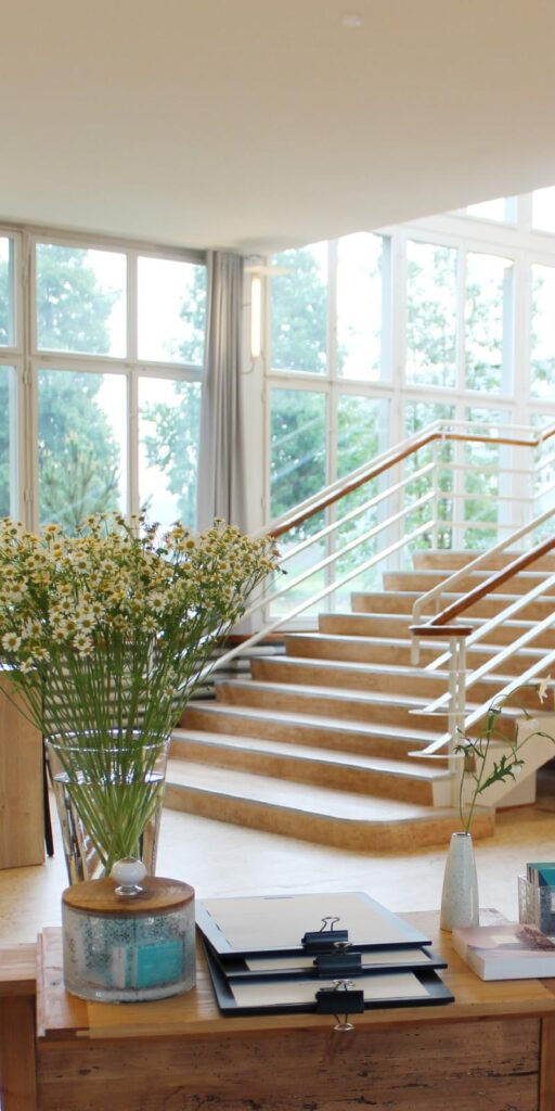Treppe und Rezeption